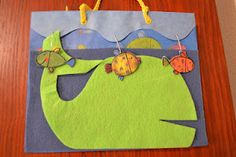 Bible Class Creations: Jonah - felt story made from a gift sack; great ideas for lots of stories; well organized and easy to get around on the website
