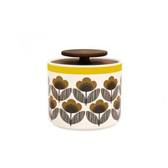 Poppy Medow storage jar by Orla Kiely. This ceramic storage jar with Poppy Meadow print will compliment any stylish kitchen, whether retro or contemporary. Lid is made of 'freijo' wood.