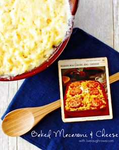 love the simplicity of this recipe - Delicious Baked Macaroni and Cheese with livelaughrowe.com
