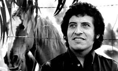US IGNORES Chilean gov requests THAT US EXTRIDATE A FORMER GENERAL FOR A MURDER TRIAL. SOA SCHOOL OF AMERICAS TRAINED THE GENERAL BEFORE HE TORTURED THEN MURDERED  General Victor Jara was killed in 1973 in the opening days of the dictatorship of Gen Augusto Pinochet.
