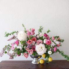 Spring! And two GIANT ranunculi from Japan making me swoon. #floraldesign #flowerpower #ranunculus #pink #flowerarrangements