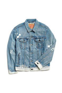 Slide View: Levi's Baez Denim Trucker Jacket Levis Jean Jacket, Jean Jacket Outfits, Denim Jacket Men, Denim Jackets, Best Jean Jackets, Cute Jackets, New Man Clothing, Custom Clothing, Men's Clothing