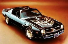 I was going to buy a Trans Am like this once for €800 (really) but my Dad said no. I've never quite forgiven him,