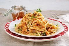 Pesto rosso selber machen - so geht's - spaghetti-mit-pesto-rosso