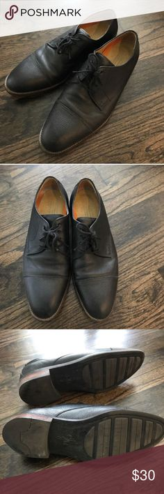 COLE HAAN Lace-up oxfords Gently used lace-up oxfords. Color/material: black pebbled leather. Condition: good/shows signs of wear at heel, insole and front (no tears). Cole Haan Shoes Oxfords & Derbys