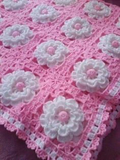 Centro con rosas - photo only, no pattern Handmade shabby chic crochet tablet cover with pink roses – Artofit Granny Square Crochet Pattern, Crochet Squares, Crochet Motif, Crochet Designs, Knit Crochet, Crochet Afghans, Crochet Blanket Patterns, Baby Knitting Patterns, Baby Blanket Crochet