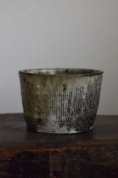 2014年04月 : うつわノート Ceramic Cups, Ceramic Pottery, Pottery Art, Ceramic Art, Japanese Ceramics, Japanese Pottery, Pottery Techniques, Tea Art, Chawan