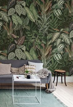🌱 MISCHIEVOUS MONKEYS 🌱 The depth in this lush green wall mural creates a sheltered glade and great platform for small secrets and big… Botanical Wallpaper, Green Wallpaper, Modern Wallpaper, Room Wallpaper, Photo Wallpaper, Designer Wallpaper, Wallpaper Jungle, Monkey Wallpaper, Leaves Wallpaper