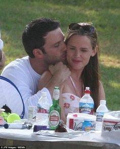 .Jen & Ben family picnic 12'2005