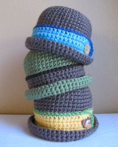 PATTERN - Downtown Boy - a beanie/bucket hat with button in 8 sizes (Infant - Adult L). $5.50, via Etsy.