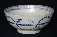 A RARE STAFFORDSHIRE PEARLWARE  BOWL WITH HAND PAINTED DECORATION, C1780.