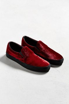 buy online f211d 7e546 Slide View  2  Vans Slip-On Red Velvet Sneaker