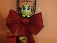 Owly is ready for Christmas festivities. Day 320 of #yearofowly #lifeofowly