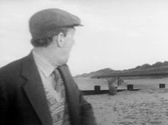 The wonderful Michael Hordern in Whistle and I'll Come to You, Christmas Ghost, Winter Moon, Ghost Images, Vintage Horror, Ghost Stories, Horror Films, Cinematography, Movies And Tv Shows, Actors & Actresses
