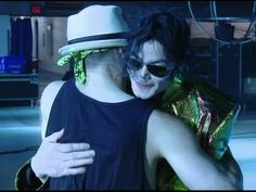 Michael Jackson's hug - L'abbraccio di Michael Jackson / On the photo: Timor gets a hug from MJ! At the end of the video hugs for all the 'This is it'- dancers, Kenny Ortega (director/producer) and others.