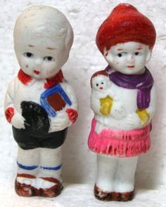 "2 VINTAGE BISQUE JAPAN DOLLS - BOY & GIRL 3 1/2"" A111 A110 HAT IN HAND - SCARF"