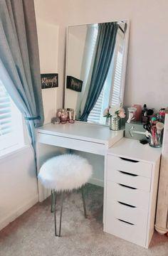 Room Design Bedroom, Room Ideas Bedroom, Home Decor Bedroom, Dressing Room Decor, Dressing Room Design, Beauty Room Decor, Bedroom Decor For Teen Girls, Aesthetic Room Decor, Dream Rooms