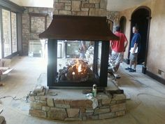 4 Sided Fireplaces Gas ~ http://modtopiastudio.com/creating-elegant-look-room-with-modern-fireplaces-gas/