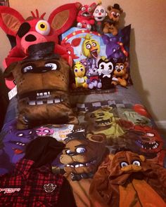 New Plushies for his FNAF collection! Giant Foxy is my fav lol! ❤️