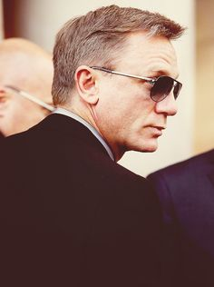 Daniel Craig Craig Bond, Daniel Craig James Bond, James Bond Actors, Actor James, Rachel Weisz, Daniel Graig, James Bond Style, Extraordinary Gentlemen, Jason Isaacs