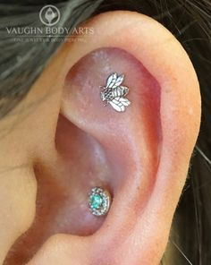 Hey everybody! We hope you're all having a great weekend. This lovely ear belongs to Diana. She got a new cartilage piercing from Cody and picked out this adorable 14k white gold Bee from LeRoi. How cute is this? Thanks so much Diana! @vaughnbodyarts​ Monterey, CA