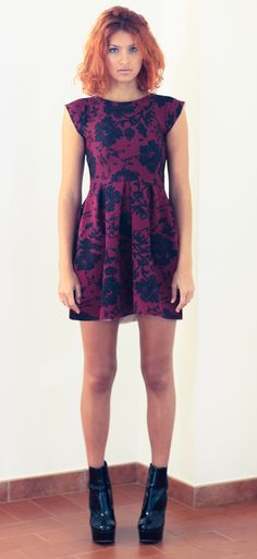 By alis fit and flare dress. Www.byalis.it