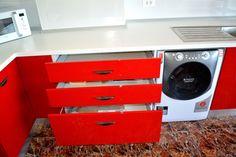 Mobilier de Bucatarie MDF vopsit lucios Rosu Ferrari Alb RAL 9003 sertare cu amortizare BLUM Filing Cabinet, Washing Machine, Home Appliances, Storage, Furniture, Home Decor, House Appliances, Purse Storage, Decoration Home