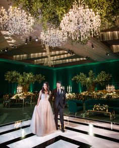 Green on green opulent wedding with a black and white dance floor. Las Vegas Wedding with luxury florals and design Diy Wedding Backdrop, Marquee Wedding, Indian Wedding Decorations, Flower Dance, Dance Floor Wedding, Emerald Green Weddings, Las Vegas Weddings, Luxury Wedding, Dream Wedding