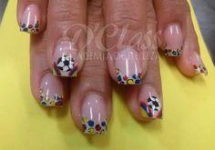 Hermoso maquillaje de uñas en epoca del mundial #ApoyandoalaseleccionColombia
