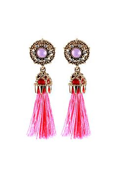 Chic Couture Online - Gold and Pink Tassel Earrings.(http://www.chiccoutureonline.com/gold-and-pink-tassel-earrings/)