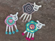 Alle farbenfrohe Schafe - All colorful sheeps. ~❀CQ #crochet #applique