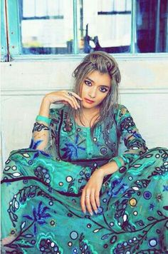 Blue and green patterned maxi dress #summerfashion #rola