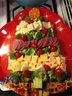 Christmas Tree Veggie Tray, Christmas Veggie Platter Ideas, Christmas ...