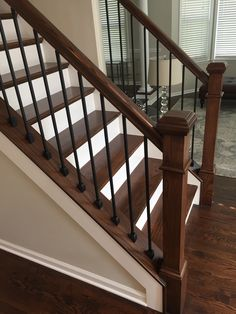 That Will Make You Interior Stairs Staircase Makeover Railing Ideas 120 - house and flat decorations Wrought Iron Stair Railing, Stair Railing Design, Staircase Railings, Banisters, Rod Iron Railing, Stair Case Railing Ideas, Staircase Banister Ideas, Stairways, Iron Spindle Staircase