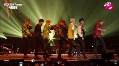 [M2]KCON 2016 France_BTS - I NEED U // THIS. Babe-V is killing me! He looks so handsome here & his little smirks/smiles here and there while I lost my sh*t in the crowd :D <3