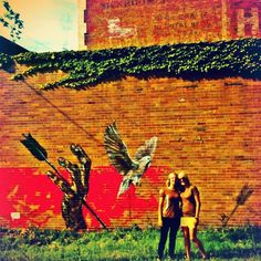 discovered this mural on the building of the Brown Horse Garments studio, Youngstown, Ohio.  brownhorsegarments.com