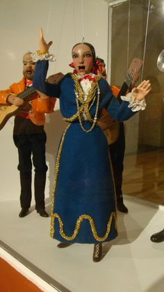 Puppet - The Mexican Singer