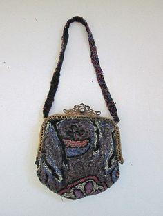Clever Antique Art Nouveau Gold Filigree Frame Hand Knit Brown Iridescent Bead Purse Art Deco