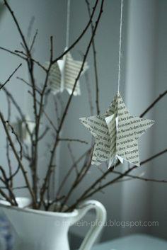 Weihnachtssterne zum Selbermachen. Noch mehr Ideen gibt es auf www.Spaaz.de