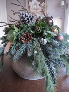 Christmas Planters, Christmas Greenery, Indoor Christmas Decorations, Christmas Centerpieces, Outdoor Christmas, Christmas Wreaths, Christmas Ornaments, Holiday Decor, Natural Christmas