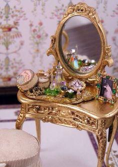 Ladies Boudoir - site of incredible miniatures Victorian Dolls, Victorian Dollhouse, Dollhouse Dolls, Antique Dolls, Dollhouse Miniatures, Miniature Rooms, Miniature Furniture, Dollhouse Furniture, Dollhouse Accessories