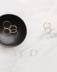 Vrai & Oro – Attainable fine jewelry essentials without retail markups. Photo Jewelry, Jewelry Box, Silver Jewelry, Jewelry Accessories, Fine Jewelry, Fashion Jewelry, Silver Ring, Jewelry Clasps, Jewelry Dish
