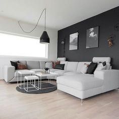 Style And Shape Of Sofa. Wohnungen DresdenGrauer PulloverWohnung Gestalten Wohnung EinrichtenWohnbereichWandfarbeInneneinrichtungSchöne DingeSchwarz  Weiß