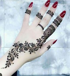 Henna Tattoo Designs - Easy Henna Tattoo Designs on Hand for Girl. Latest collection henna designs images gallery with simple and easy pattern on hand Henna Hand Designs, Eid Mehndi Designs, Mehndi Designs Finger, Mehndi Designs For Beginners, Mehndi Designs For Fingers, Modern Mehndi Designs, Latest Mehndi Designs, Mehndi Design Photos, Henna Tattoo Designs