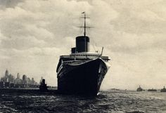 SS Normandie Carte postale années 30 Ss Normandie, Steamers, His Travel, Queen Mary, Southampton, Blue Ribbon, Titanic, Vintage Travel, Statue Of Liberty