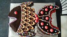Poisson réalisé avec un pâte vanille pour la tête et une pâte chocolat pour la queue et les nageoires