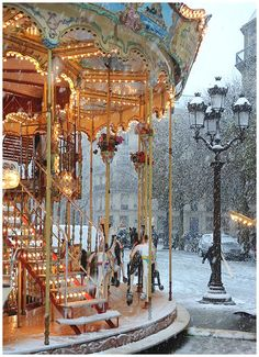 Snow Carousel, Paris, France photo via withnail
