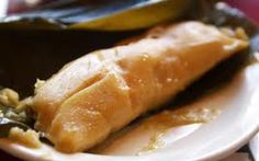 Traditional dish from El Salvador - Chicken tamale (Tamales Salvadoreños de Pollo). My mother makes them every year for christmas. This is the closest recipe I could find. This year I will write down and take pictures of it and learn for once. Salvadoran Food, El Salvadorian, Latin American Food, Latin Food, Pastelitos Recipe, El Salvador Food, Recetas Salvadorenas, Chicken Tamales, Gastronomia