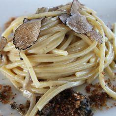 Spaghetti, cacio, pepe e tartufo