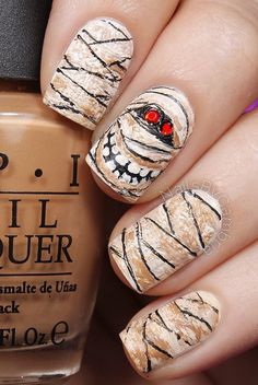 Halloween nail art-44 - 65 Halloween Nail Art Ideas  <3 <3